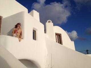 Small Architect's House - Fira vacation rentals
