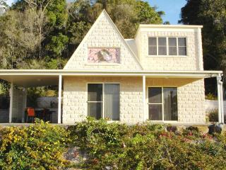 Cooroy Country Cottages (Cooroora Cottage) - Sunshine Coast vacation rentals