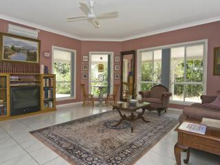 Cooroy Country Cottages (Studio Suite Apartment) - Cooroy vacation rentals