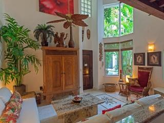 Cozy One Bedroom at The Royal Palms - Playa del Carmen vacation rentals