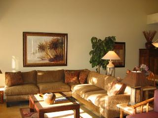 Spacious Renovated 2-bedroom Condo with Central A/C. - Kihei vacation rentals