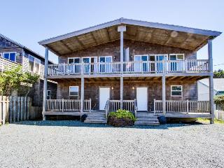 Ocean views, modern interior, and pet-friendly! - Rockaway Beach vacation rentals