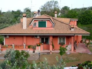 Allaquercia b&b - Poggio Mirteto vacation rentals