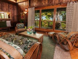 15% off available dates in July & August!! Anini Beachfront, Cottage for Two - Kilauea vacation rentals