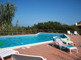 Le Baiette  - Two bedroom apartment for 6 people - Costa Paradiso vacation rentals