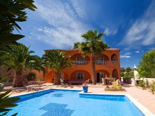 Villa Camaleao - Armação de Pêra vacation rentals