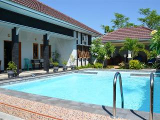 Unique private villa near Yogyakarta: Villa Ditya - Solo vacation rentals