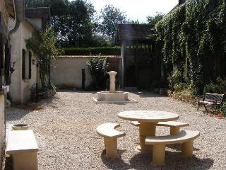 GITE DE BLEURY - Hermeray vacation rentals