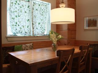 Cottage in the City - Toronto vacation rentals