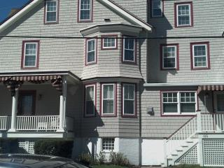 2 BR 2BA RENOVATED CONDO - STEPS FROM THE BEACH! - New Jersey vacation rentals