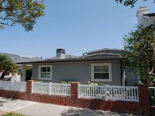 Gorgeous Single Family Peninsula Point Home! (68302) - Newport Beach vacation rentals