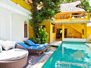 Villa Pantai Seminyak w/ beach access - 5RM/House - Seminyak vacation rentals