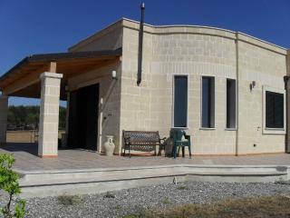 Villa Laura mit tollem Meerblick - San Pietro in Bevagna vacation rentals