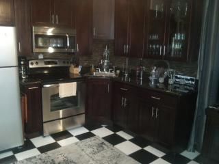 French Quarter (The Doll house) AARP MILITARY DIS - Louisiana vacation rentals