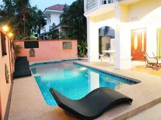 4 Bedroom Villa Central Pattaya 10 Minutes Away - Si Racha vacation rentals