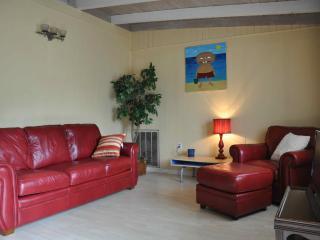Oak Island Bungalow - North Carolina Coast vacation rentals
