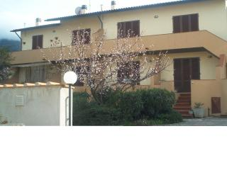 Wonderful Apartment Rental in Elba - Fabbriche di Vallico vacation rentals