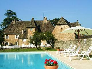 Eco Chateau - boutique chateau immersed in nature - Limousin vacation rentals