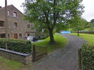 Grande maison le long d'une petite route - Aywaille vacation rentals