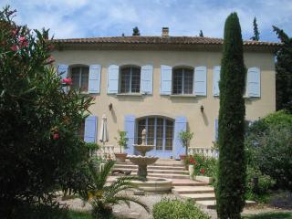 Villa of the Arc, Provence Vacation Rental with a Balcony and Garden - Orange vacation rentals