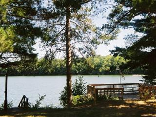 Lemens Lodge on Long Lake - - Sarona vacation rentals