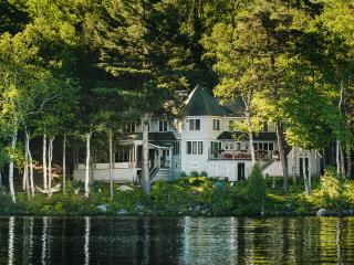Camp To-No-Na fall issue of Adirondack Life Homes - Saranac Lake vacation rentals