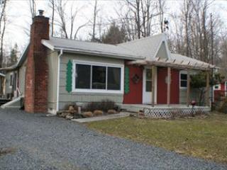 12/86/13 114983 - Image 1 - Pocono Lake - rentals