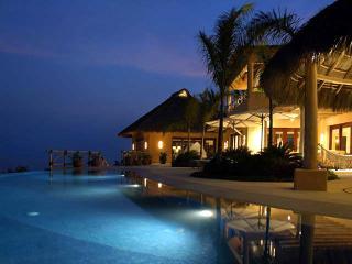 Villa Ballena - PV - Cruz de Juanacaxtle vacation rentals