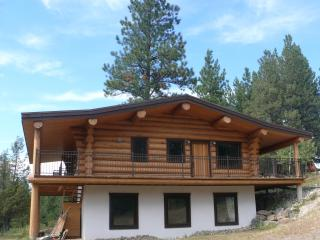 Beautiful log chalet near Fernie B.C. - Fernie vacation rentals