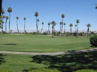 MED11 - Rancho Las Palmas Country Club - 2 BDRM, 2 BA - Rancho Mirage vacation rentals