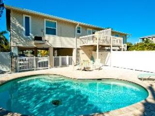 Pool - Turtle Nest - 305A 65th St - Holmes Beach - rentals