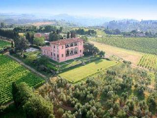 Luxurious Villa Machiavelli, fully staffed and offers a helipad and wine cellar - Florence vacation rentals
