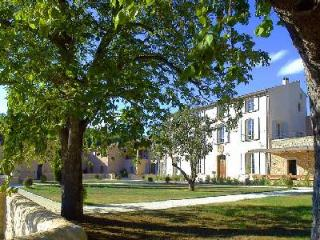Great for family reunions! Staffed farmhouse Simiane in lavender fields with pool & tennis court - Lachau vacation rentals