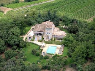 Wonderful Provencal Home La Colline overlooking the countryside with fenced pool & terraces - Gordes vacation rentals