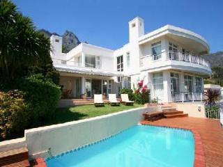 Ocean view Tree Villa- spacious multi-level with pool & short walk to the beach - Camps Bay vacation rentals