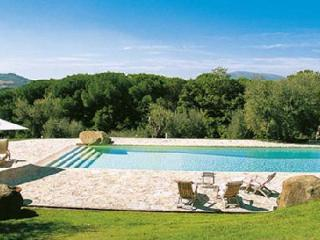 Superb I Palazzi Casale with billiard table, fitness room and tennis court - Montelaguardia vacation rentals