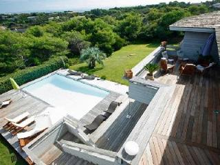Close to the Beach Very Private Modern Villa Falatte with Private Pool & Entertainment Facilities - Corsica vacation rentals