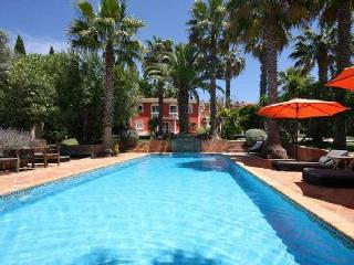 Quinta Vailima - A Majestic Villa - Enjoy Pool, Privacy and Outdoor Living - Almancil vacation rentals