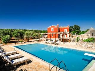 Countryside Masseria Villa La Cupina with pool, magnificent sunset views & close to beach - Ceglie Messapica vacation rentals
