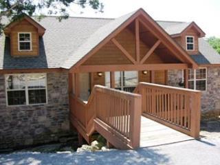 Bearadise- 2 Bedroom, 2 Bath Stonebridge Golf Resort Lodge - Branson West vacation rentals