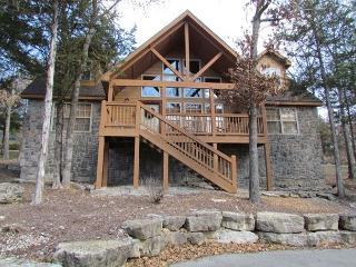 Stone's Throw- Spacious 4 bedroom, 4 bath lodge at StoneBridge Resort - Branson West vacation rentals
