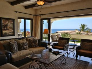 Wonderful 3 BD Condo with stunning ocean views! - San Jose Del Cabo vacation rentals