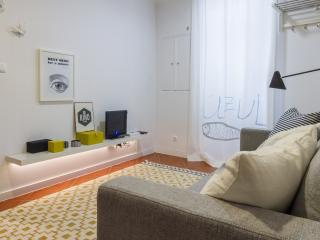 Studio in the heart of Alfama, with great design - Lisbon vacation rentals