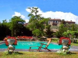 14th century Townhouse w.pool in Chianti hamlet - Siena vacation rentals