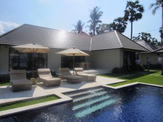 Villa Purnama, Kubu, Bali - Bondalem vacation rentals