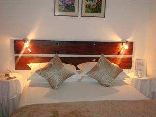 DOT-JJ B & B - Paarl vacation rentals
