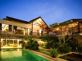 Katalini Villa, Fabulous Villa in Central Seminyak - Bali vacation rentals