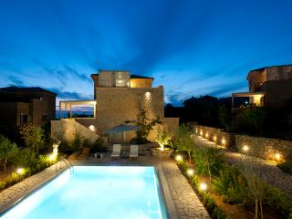Elea Villa - Last minute offers! (Pool & BBQ) - Siros vacation rentals