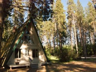 Tecumseh Spring Rentals - The Chalet - Crater Lake vacation rentals
