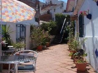 courtyard - CASA VENTURA - Iznate - rentals